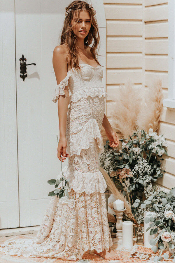 The Most Dreamiest Boho Wedding Dresses You Just Have To See