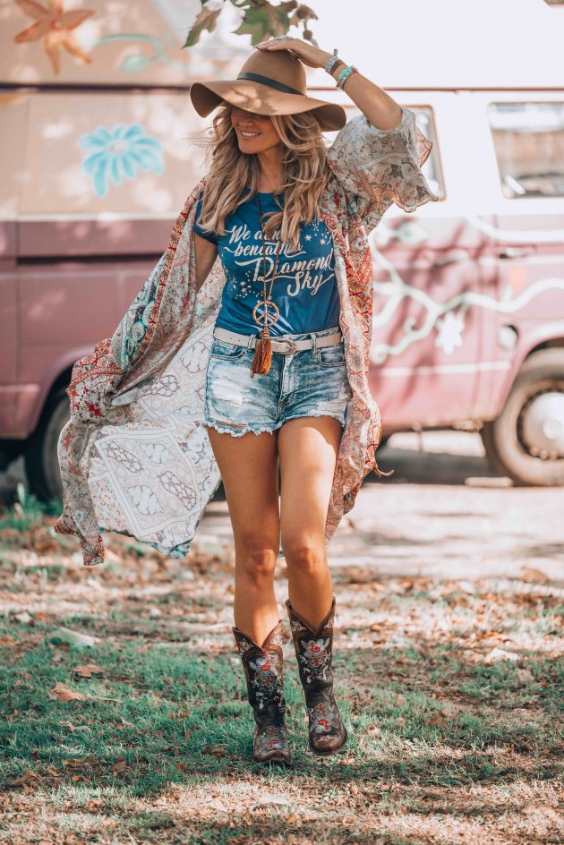 hippie chic look