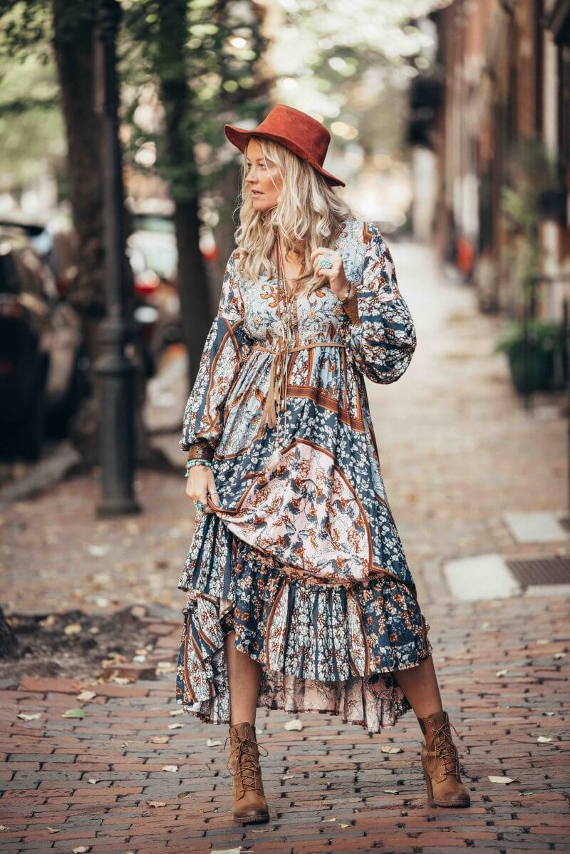 The Chic Curve Seattle Fashion: The Ultimate Boho Chic Autumn Style With This Fab Maxi