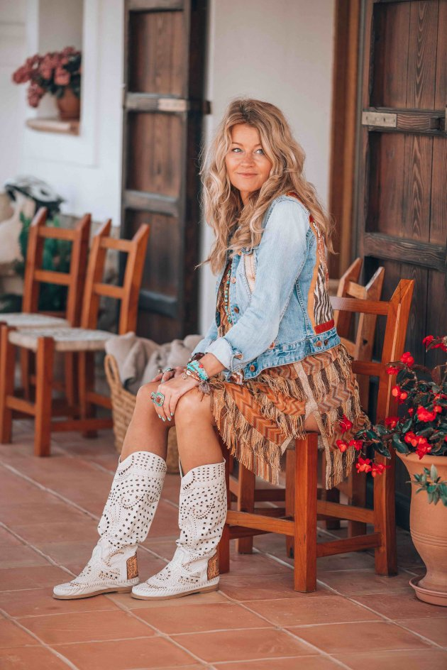 boho chic boots