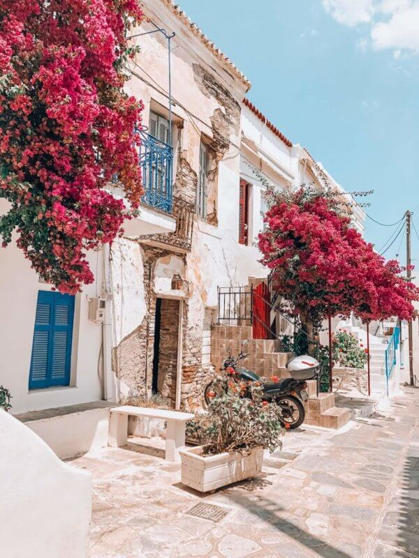 The streets of Tinos
