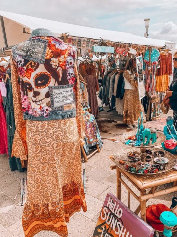 Dutch hippie market