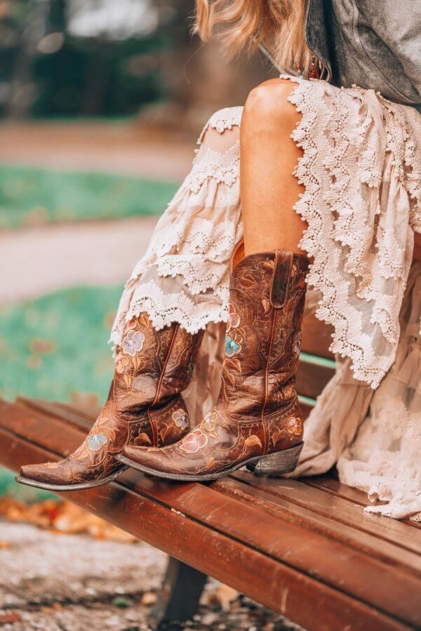 Old gringo boots with an bohemian white dress by Ibizabohogirl